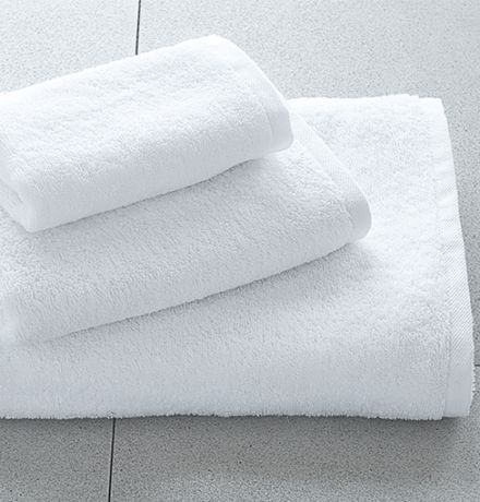DM 618   Hotel Towels