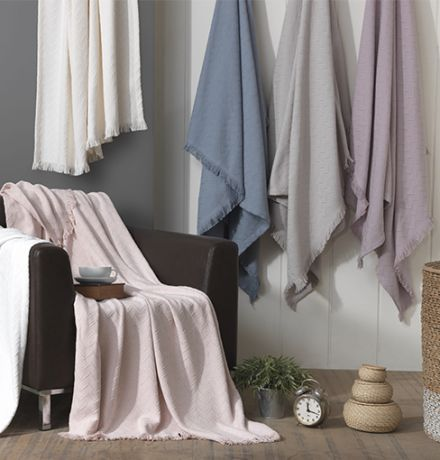 B 132Cotton Blankets